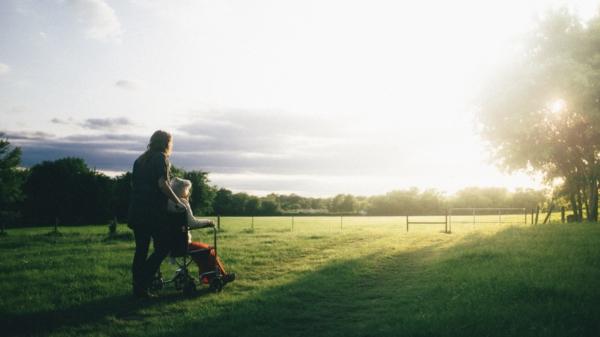 Zaster Artikel pflege rente unterhalt angehörigen entlastungsgesetz kosten kinder pflegeversicherung