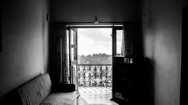 Room 984076 1920
