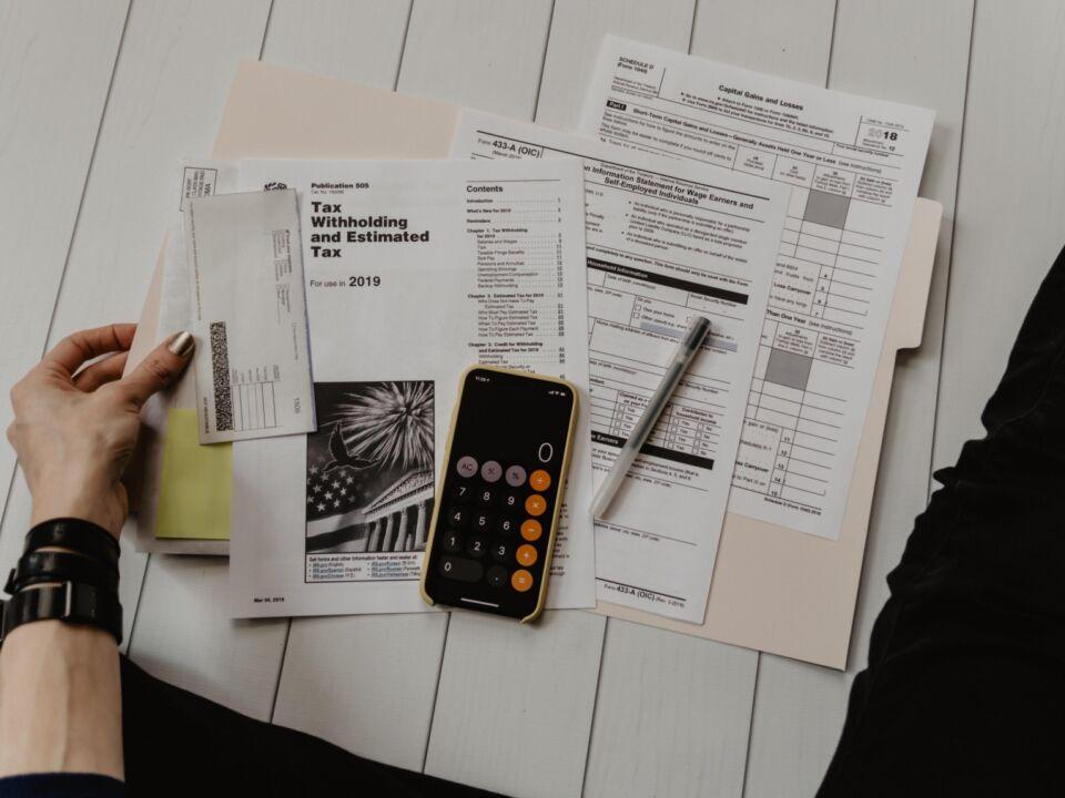 ZASTER   5 Schritte: So setzt sich eine Steuererklärung ...