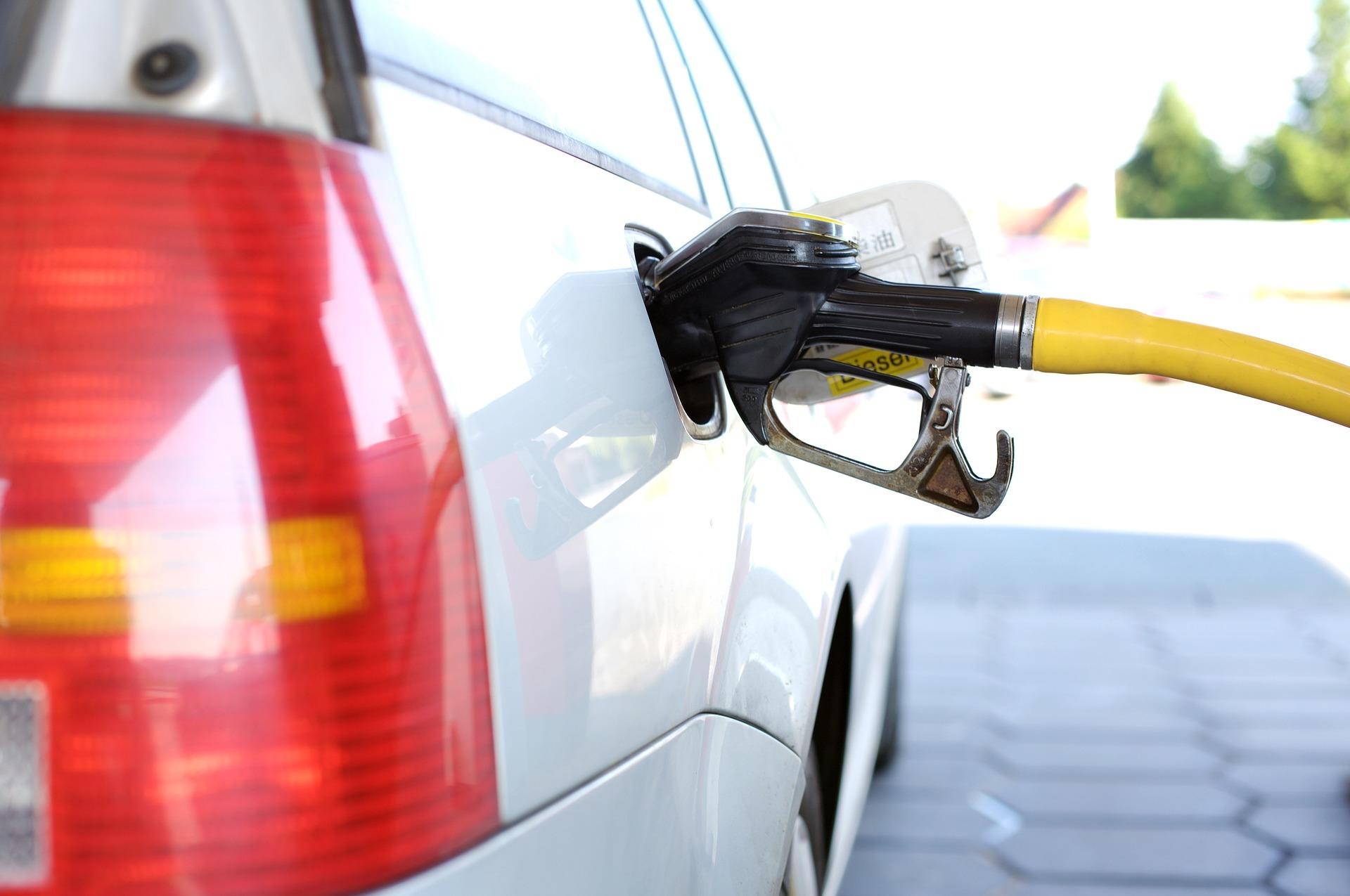 Tanken ist eine der höchsten Ausgaben beim privaten Auto