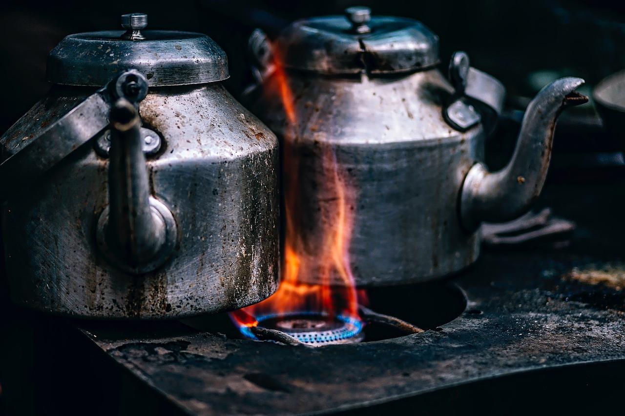 (Küchen)geräte: Egal ob Induktionsherd, stromsparende Geschirrspülmaschine oder Kühlschrank inklusive Eiswürfelmacher. Dein Vermieter darf dir den Einbau moderner Geräte nicht verbieten. Denke dran: Bewahre die alten Geräte auf.