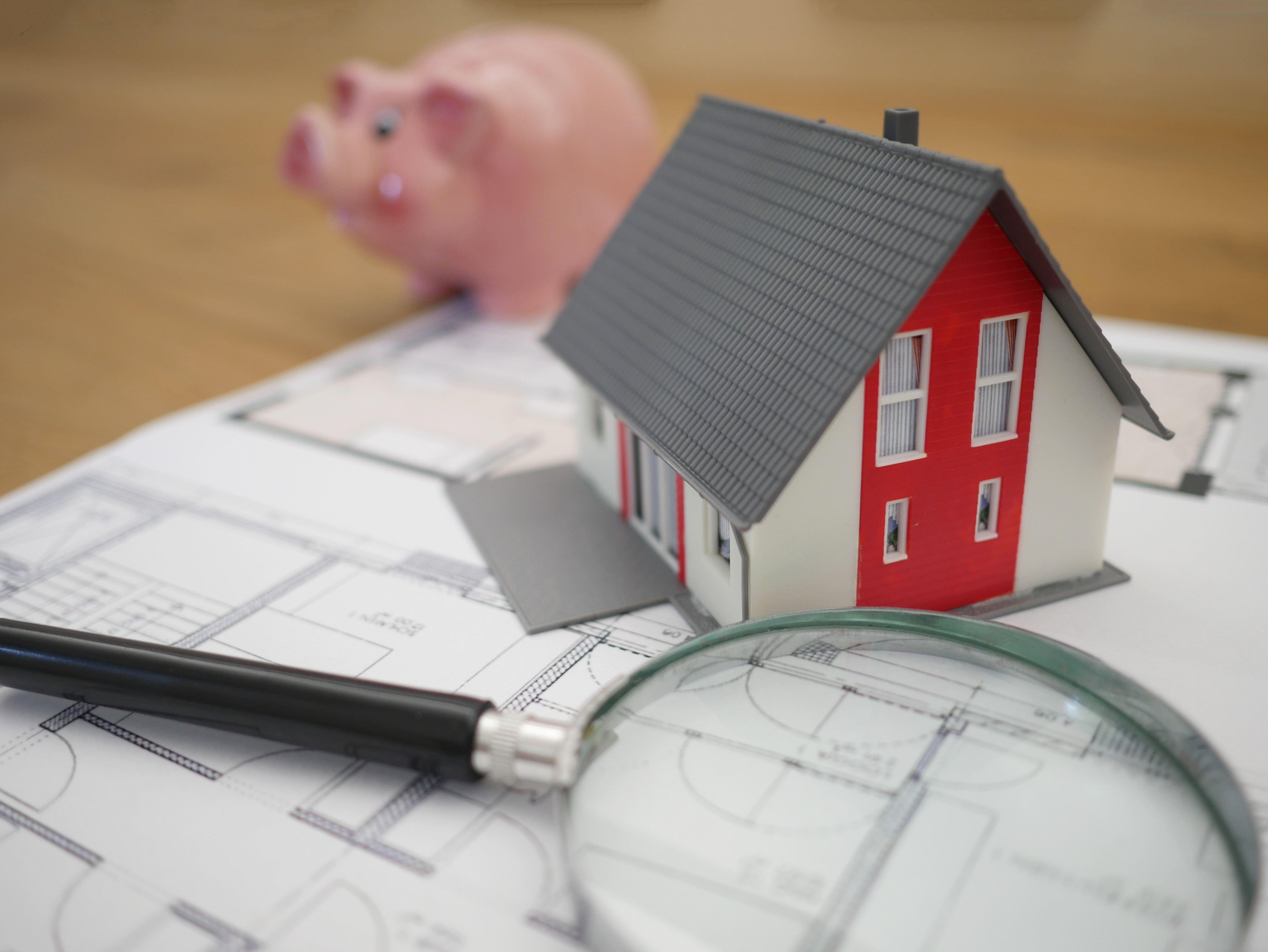 Noch bleibt der Wohnungsmarkt von der Corona-Krise weitgehend unberührt. Doch schon jetzt sei ein Einbruch der Nachfrage erkennbar, der im Umkehrschluss zu fallenden Mietpreisen führen könnte.